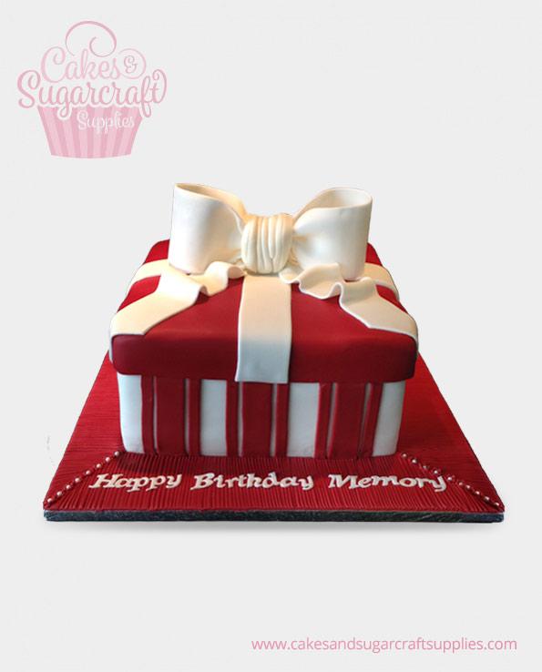 Fabulous Ladies Birthday Cakes Cakes Sugarcraft Supplies Personalised Birthday Cards Veneteletsinfo